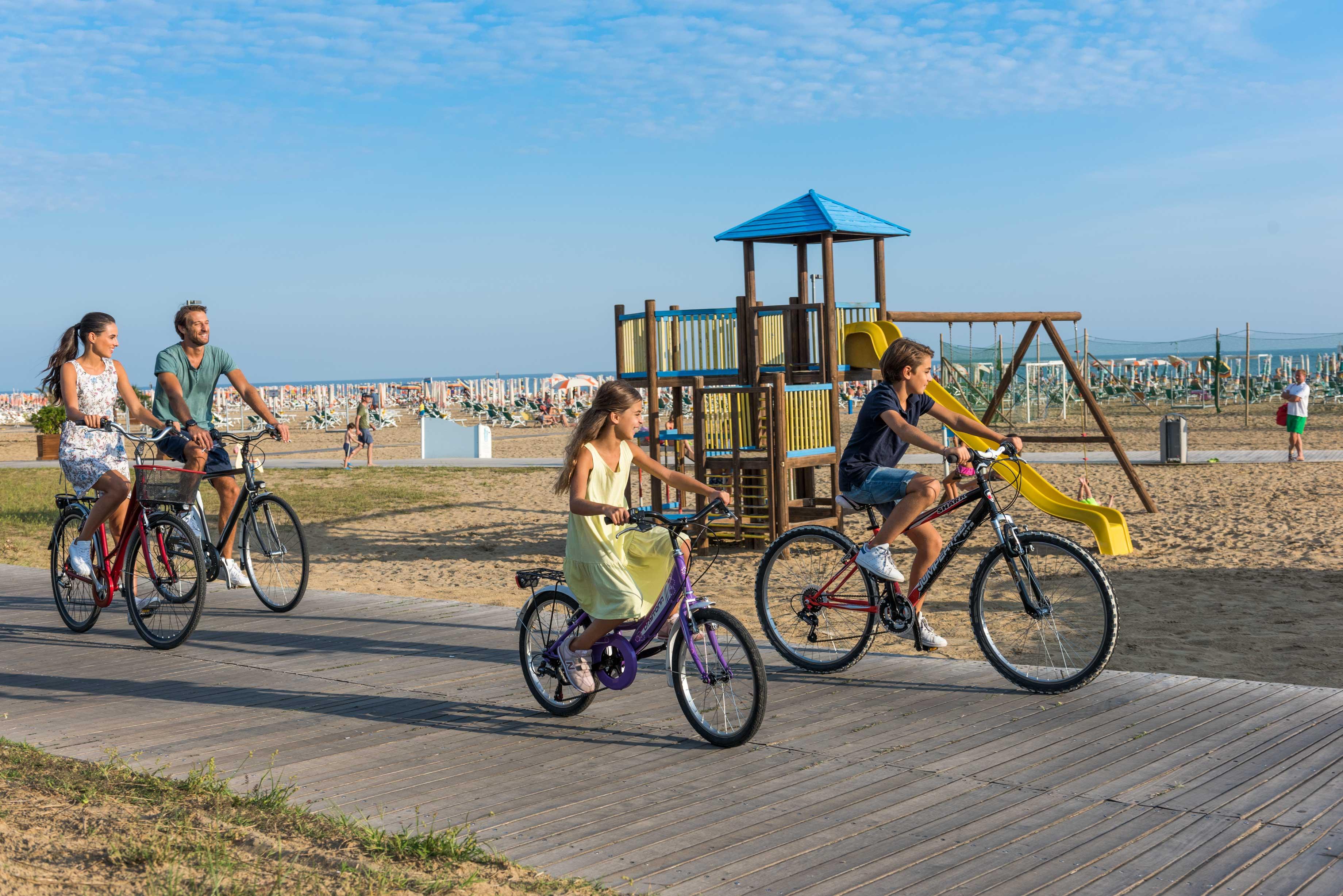 Raggiungere Bibione in bicicletta gratuitamente, grazie a Bik'N'Bus di ATVO