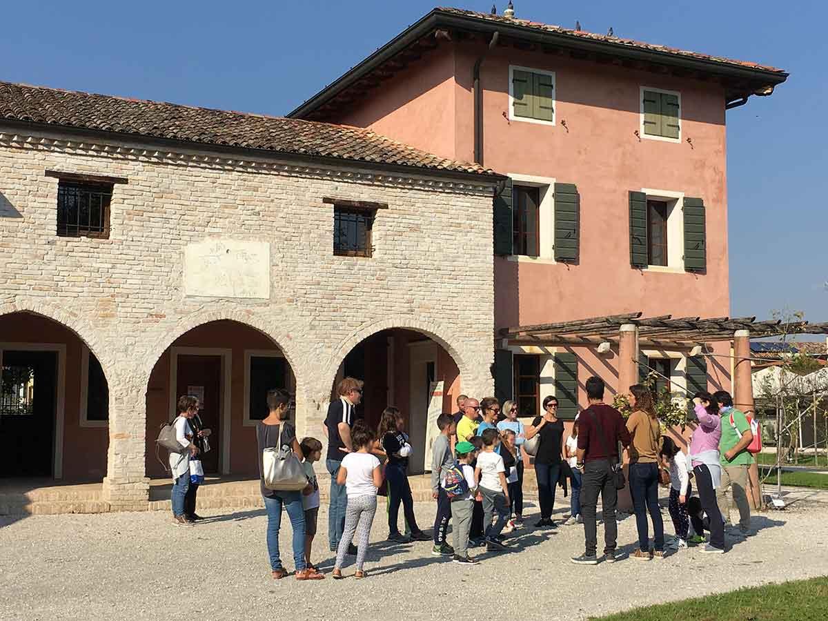 La storia del Castello di Fratta per grandi e piccoli